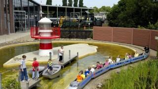 Ontdek het verhaal achter 175 jaar spoorwegen in Nederland. Bekijk mooie, historische treinen en verken de verschillende onderdelen van het museum. Voor het hele gezin. Een bezoek aan het museum duurt gemiddeld 3,5 uur.
